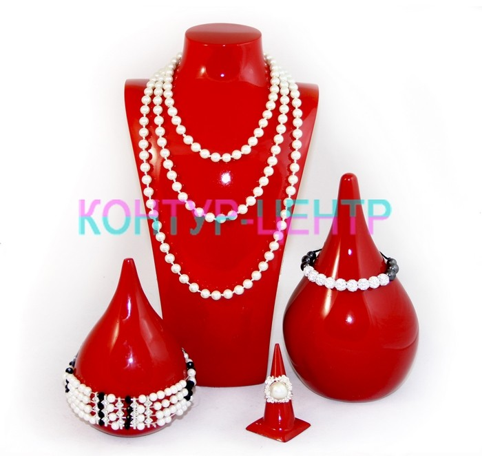 Подставка для украшений - бюст из плексигласа красный